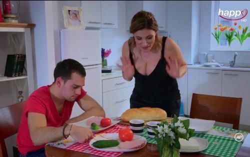 iSerial - Cand mama nu-i acasa - episodul 10
